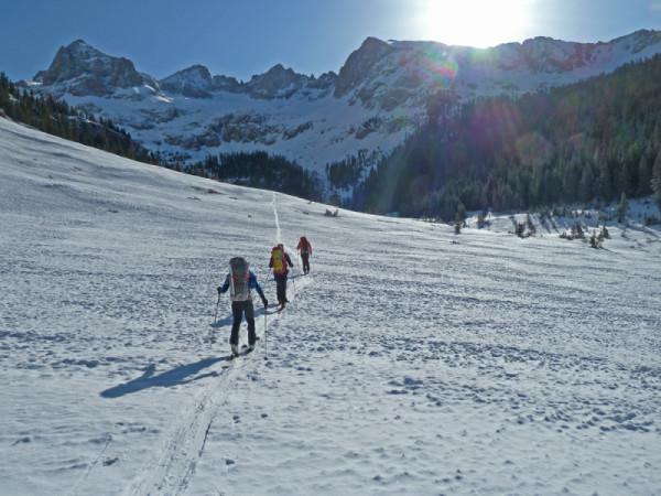leaving-our-camp-in-chicago-basin-for-a-col-into-noname