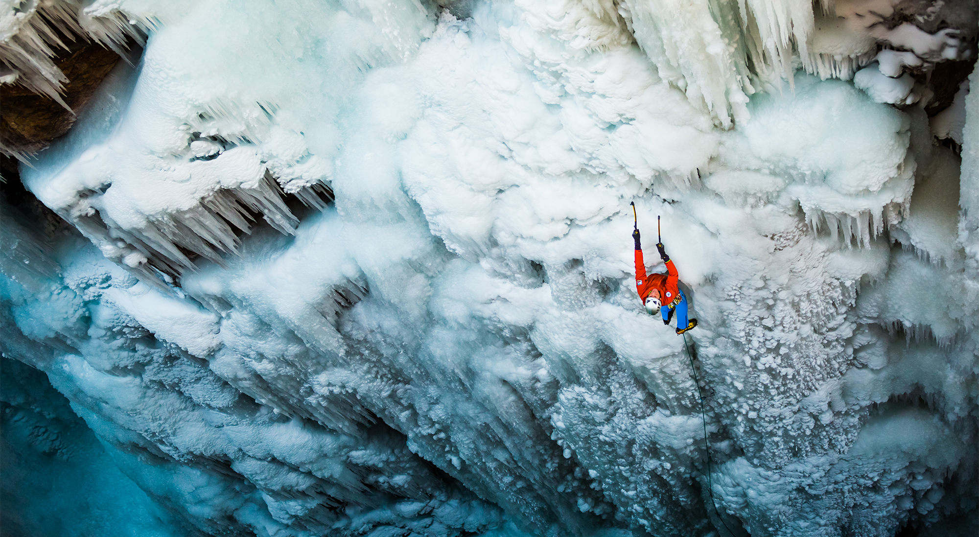 lead-climbing-ouray-ice-park