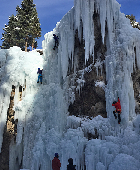 ouray-ice-park-climbing